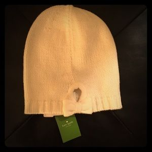 🎀NEW Kate Spade Bow cream beanie hat